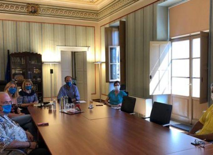 Επιμελητήριο Κυκλάδων: Συνάντηση εργασίας με την ευρωβουλευτή κα Άννα Μισέλ Ασημακοπούλου