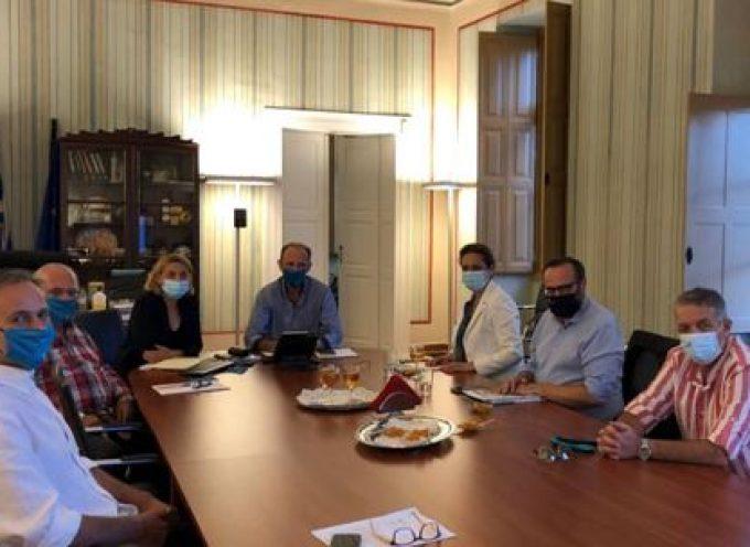 Συνάντηση του Επιμελητηρίου Κυκλάδων με τη Γ.Γ. Τουριστικής Πολιτικής και Ανάπτυξης και τον Γ. Γ. Λιμένων, Λιμενικής Πολιτικής & Ναυτιλιακών Επενδύσεων