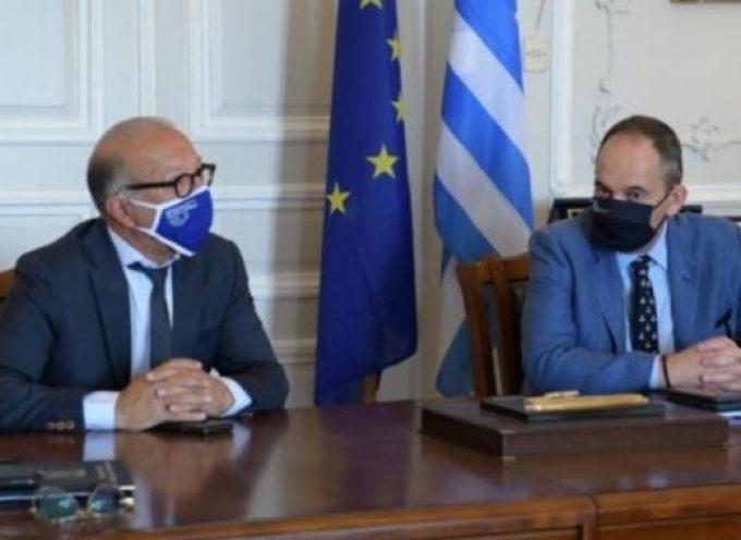 Γ. Λεονταρίτης: Ευρεία σύσκεψη με τον Υπουργό Ναυτιλίας και Νησιωτικής Πολιτικής στην Περιφέρεια Νοτίου Αιγαίου για θέματα των νησιών