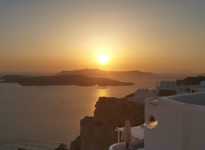 97,3% των ξενοδοχείων στο Νότιο Αιγαίου άνοιξαν και λειτουργούν   Ανοδικά οι πληρότητες. Άγγιξαν και το 85% τον Αύγουστο