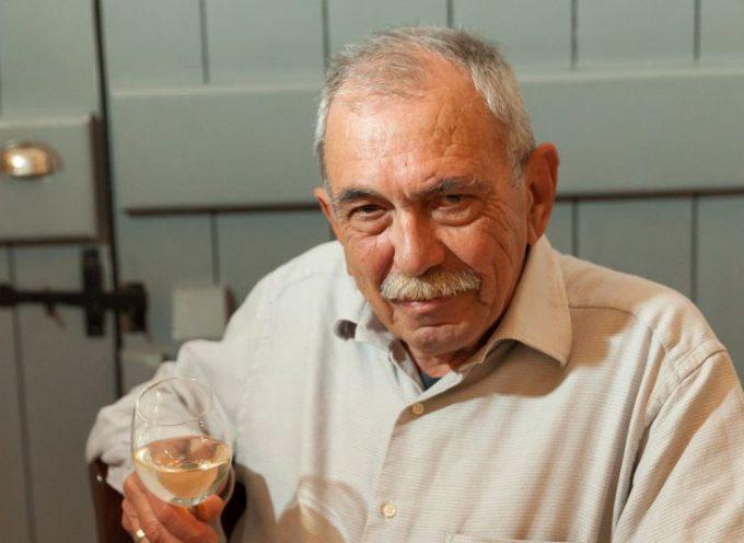 Πέθανε ο Γιώργος Χατζηγιαννάκης, ο δημιουργός του εστιατορίου Selene στη Σαντορίνη