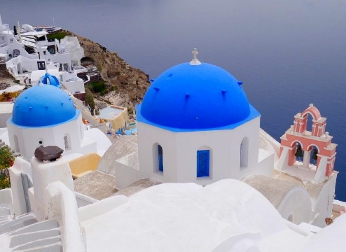 Η Ελλάδα top προορισμός για Γερμανούς, Γάλλους, Βρετανούς το 2021 – Πώς αλλάζουν οι ταξιδιωτικές συμπεριφορές το 2022
